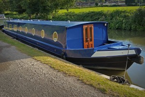 Our canal boat holiday prices include linen, fuel and logs